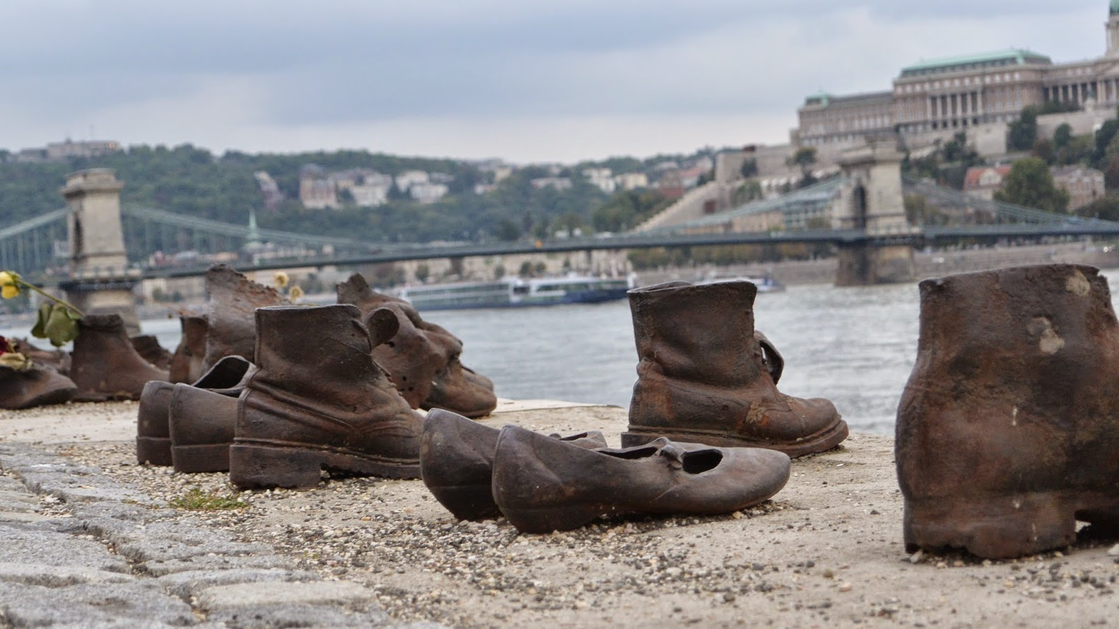 le songe photographe chaussures budapest