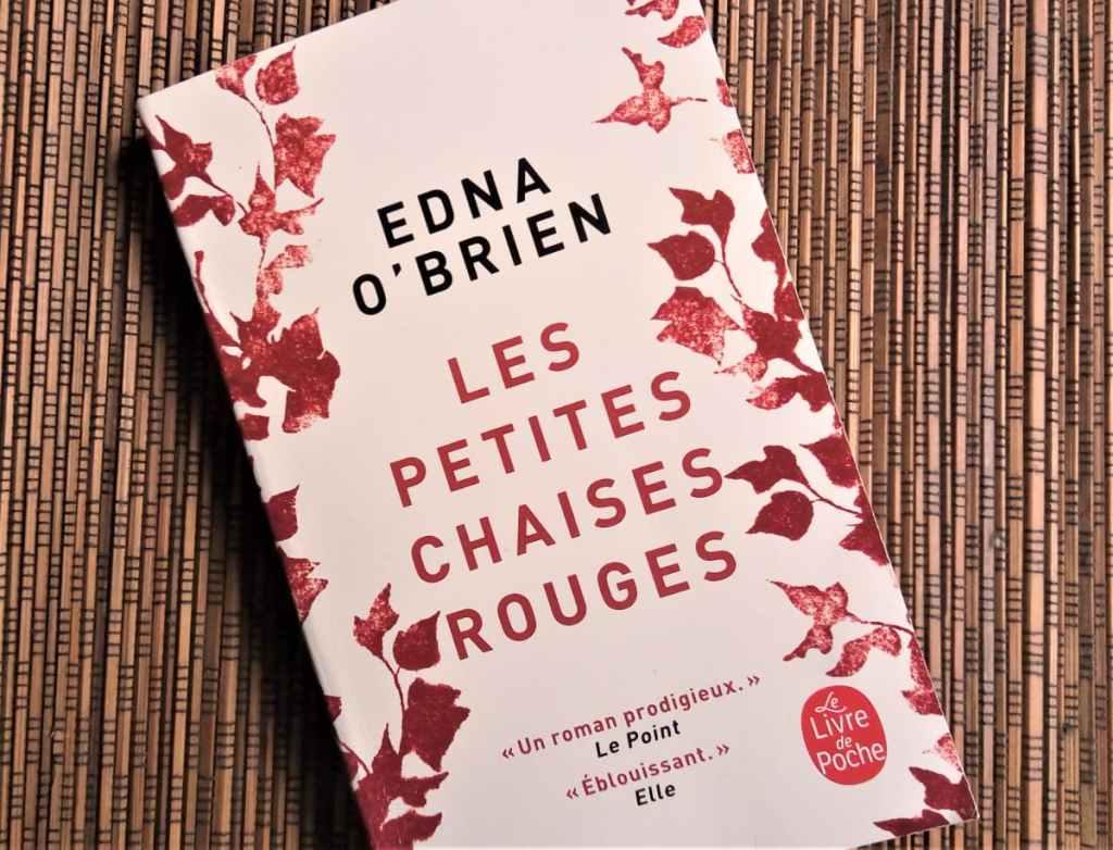 livre 'Les petites chaises rouges' de Edna O'Brien, éditions le livre de poche
