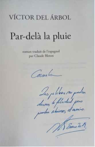 dédicace de Victor Del Arbol à Cornelia (en espagnol)
